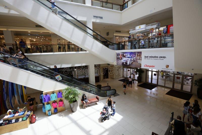 Aventura centrum handlowego szeroki kąt 2 obraz royalty free
