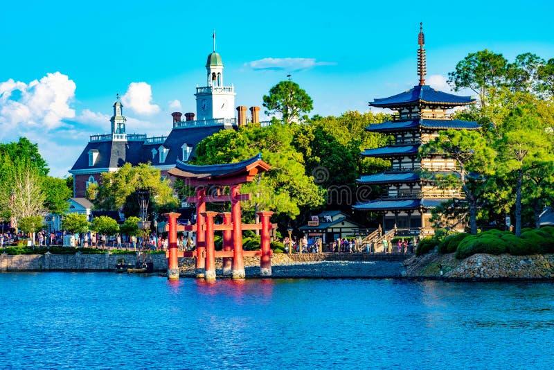 A aventura de Am?rica e os pavilh?es de Jap?o em Epcot em Walt Disney World fotografia de stock