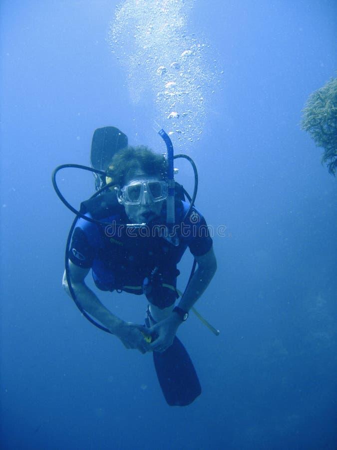 Aventura do mergulho autónomo foto de stock royalty free
