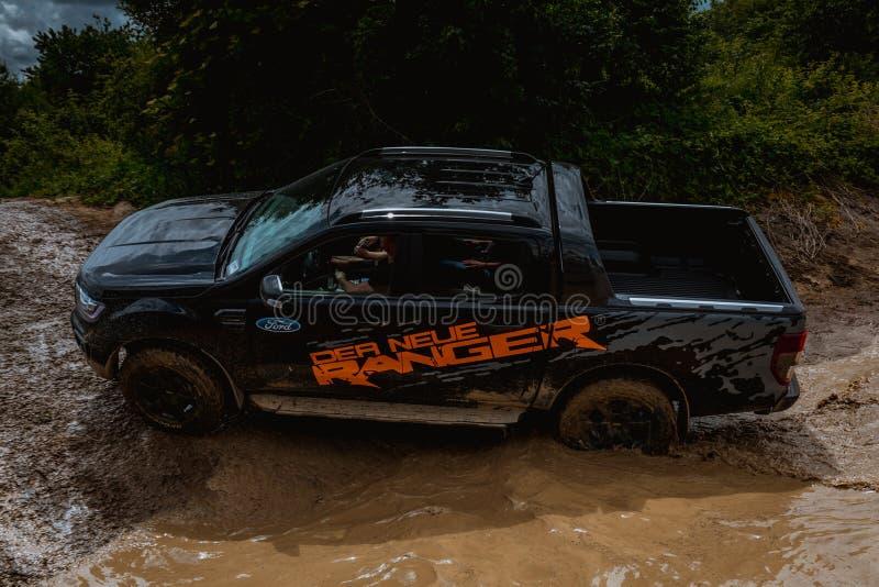 Aventura e feira 4WD Offroad em Kissingen mau fotos de stock