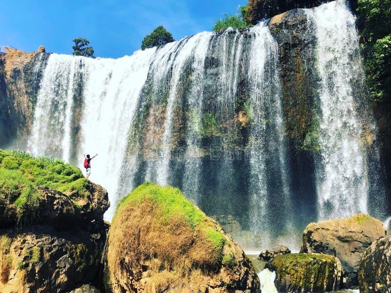 Aventuras com cachoeira do elefante fotos de stock
