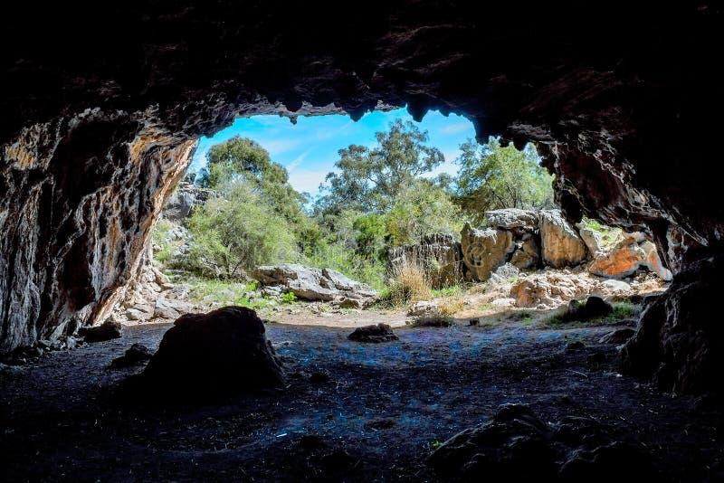 Aventures d'une spéléologie de paysage d'Australien images stock
