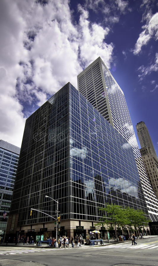 Download Avenue Of The Americas And 42nd Street High Rises Editorial Photography - Image: 14322862