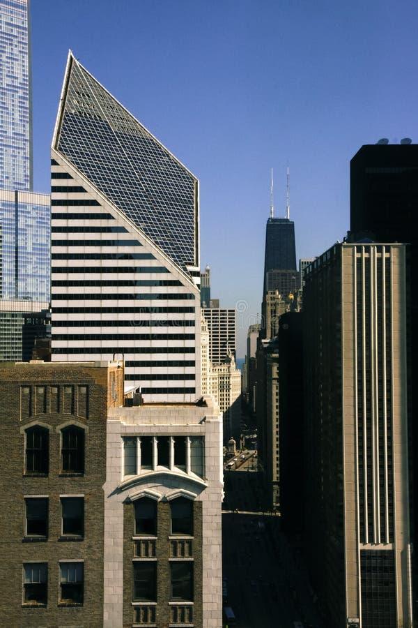Avenue du Michigan et bâtiment de Hancock image libre de droits