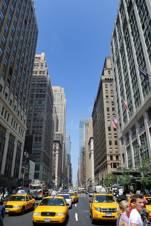 Download Avenue in New York City editorial image. Image of midtown - 16535870