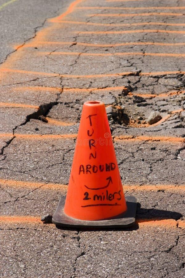 Avertissement - cône orange photographie stock
