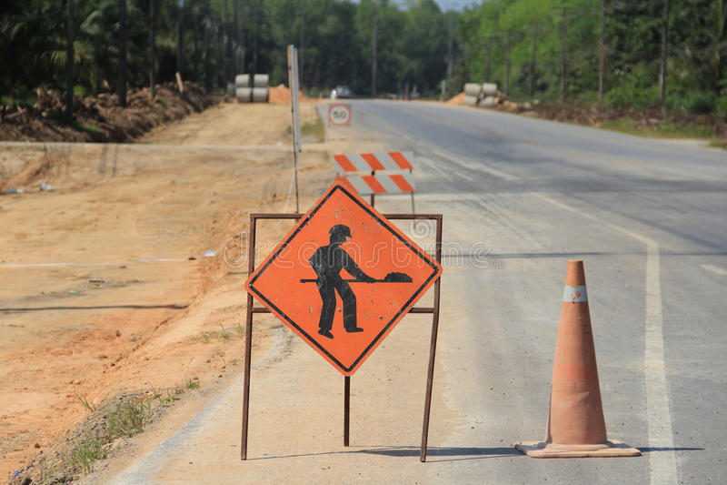 Avertissement de panneaux routiers images libres de droits