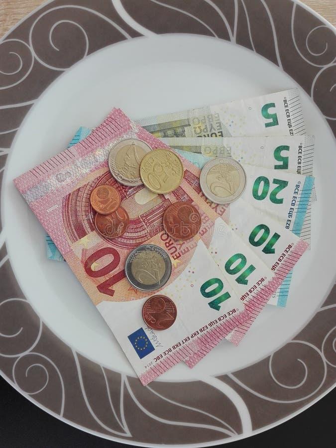 Avez-vous déjà essayé la salade d'argent ? image stock