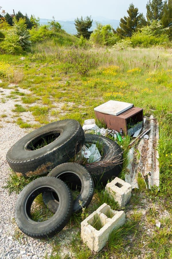 Avfall i landet arkivfoto