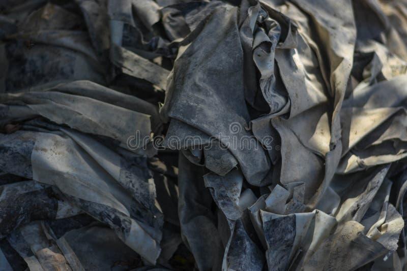 Avfalls från avskräde, som degraderas av naturligt, betyder royaltyfria bilder