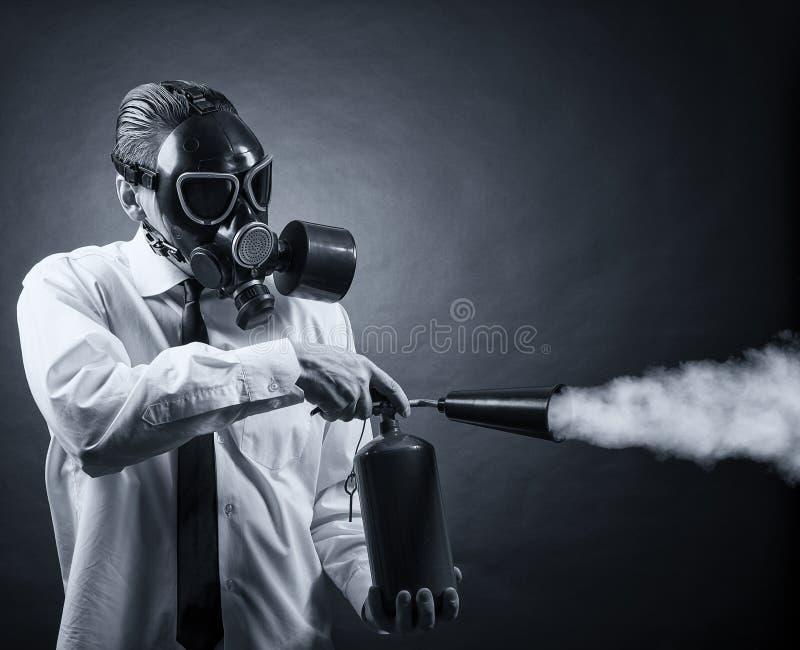 Avfyra eldsläckaren fotografering för bildbyråer