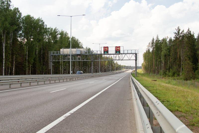 Avgiftmotorway M11 arkivfoton