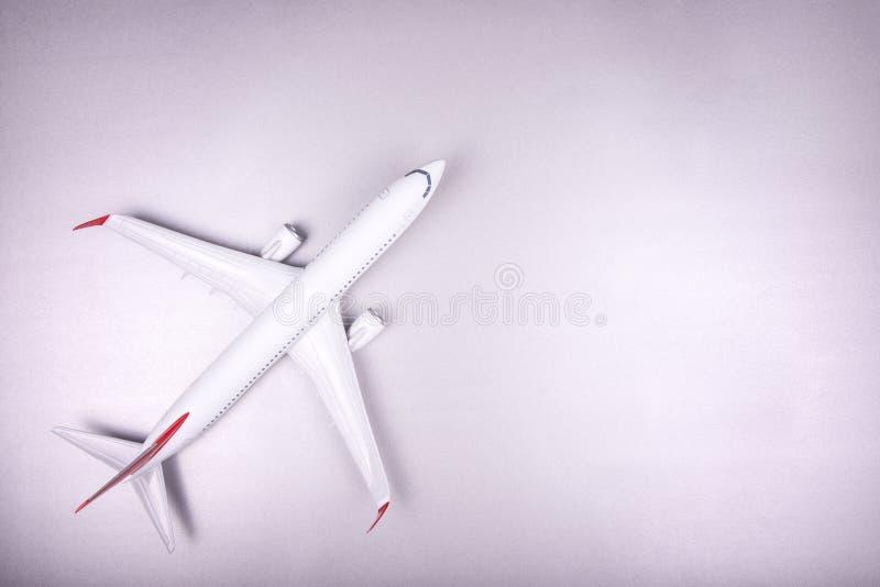 Avião branco do passageiro fotografia de stock