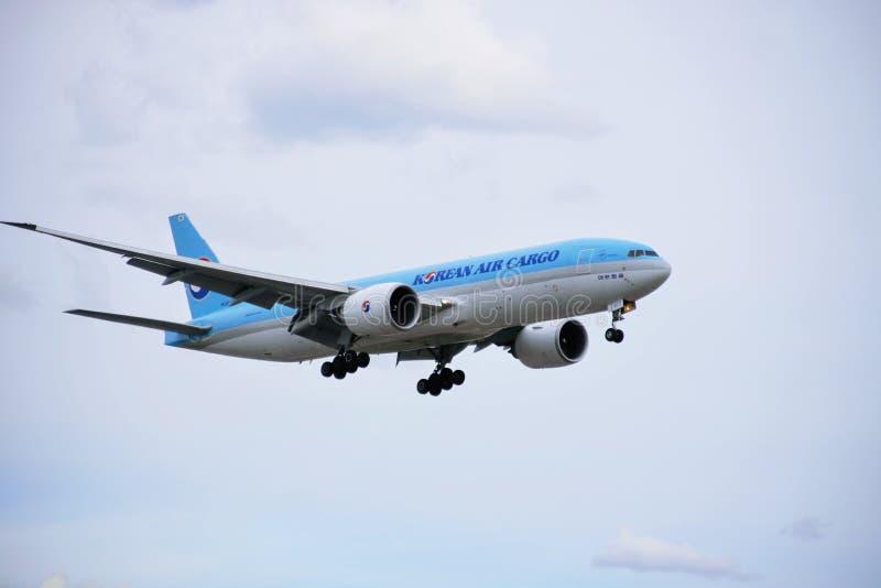 Avião da carga de Korean Air imagem de stock