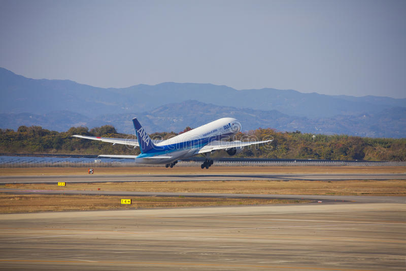 Avião de All Nippon Airways (ANA) imagens de stock