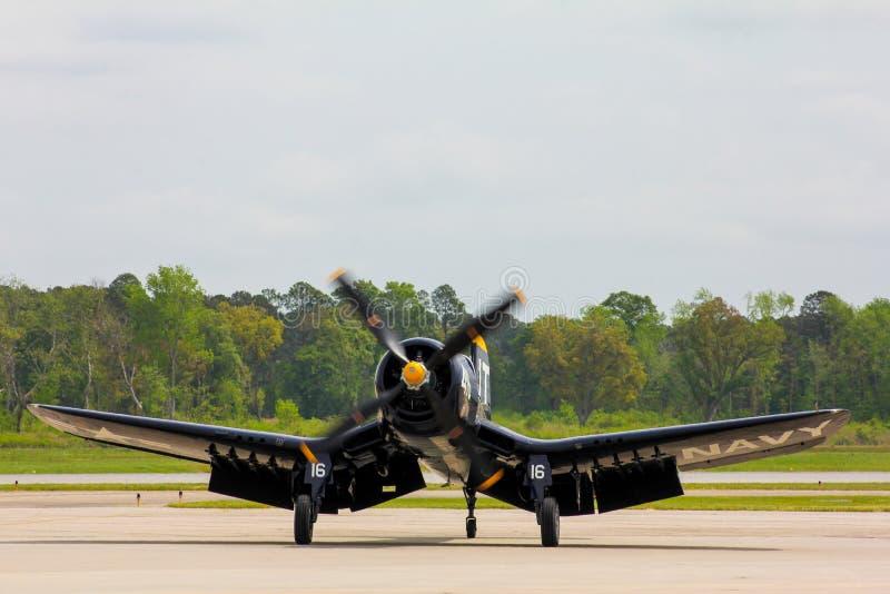 Avião de combate do corsário do vintage USN F4U imagem de stock royalty free