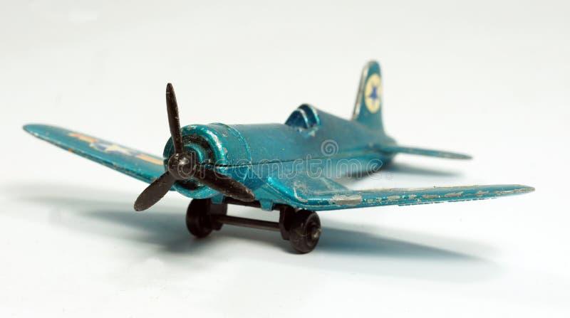 Avião de combate pequeno do brinquedo do vintage foto de stock