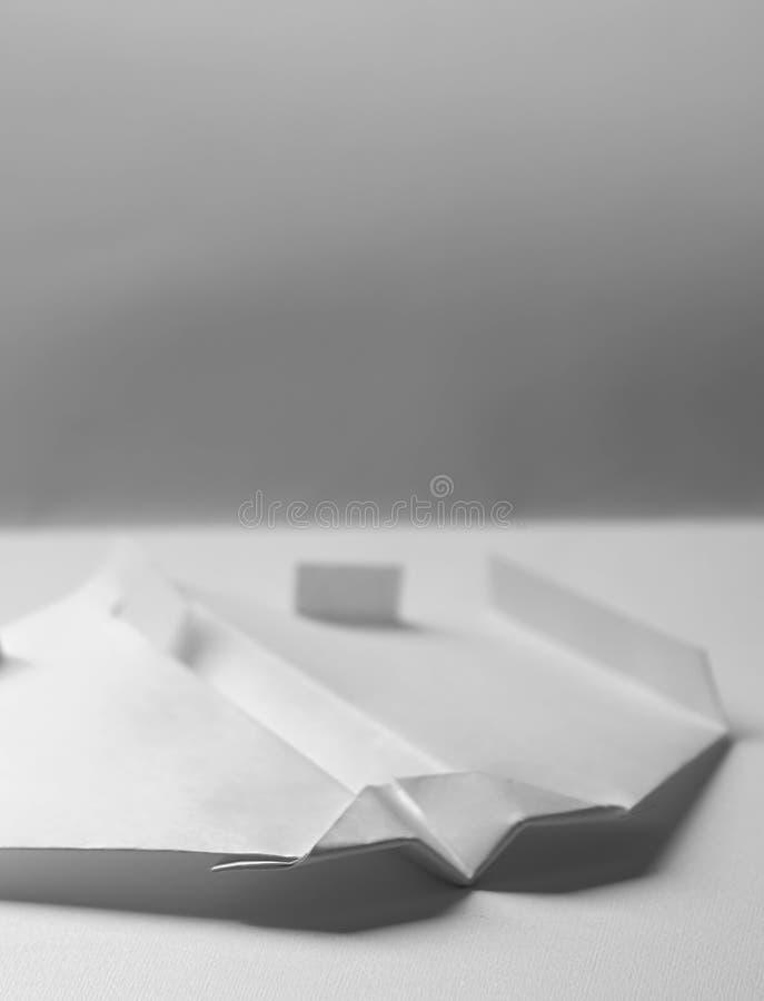 Avião de papel - Origami imagens de stock royalty free