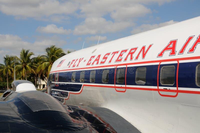 Avião de passageiros retro de Eastern Airlines foto de stock