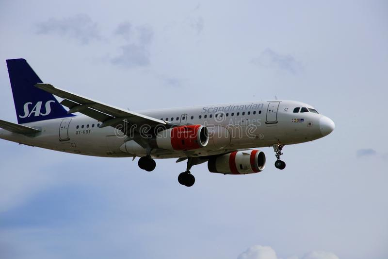 Avião de Scandinavian Airlines imagens de stock royalty free