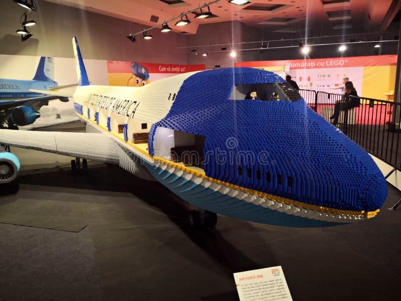 Avión de Boeing - Lego Exhibition Invasion de Giants fotos de archivo