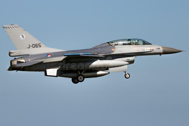 Avión de combate holandés del halcón de la lucha del F-16 de General Dynamics de la fuerza aérea foto de archivo