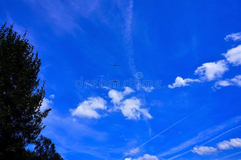 Avión y planeador imagen de archivo libre de regalías