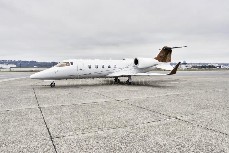 Aviões corporativos de Learjet imagens de stock