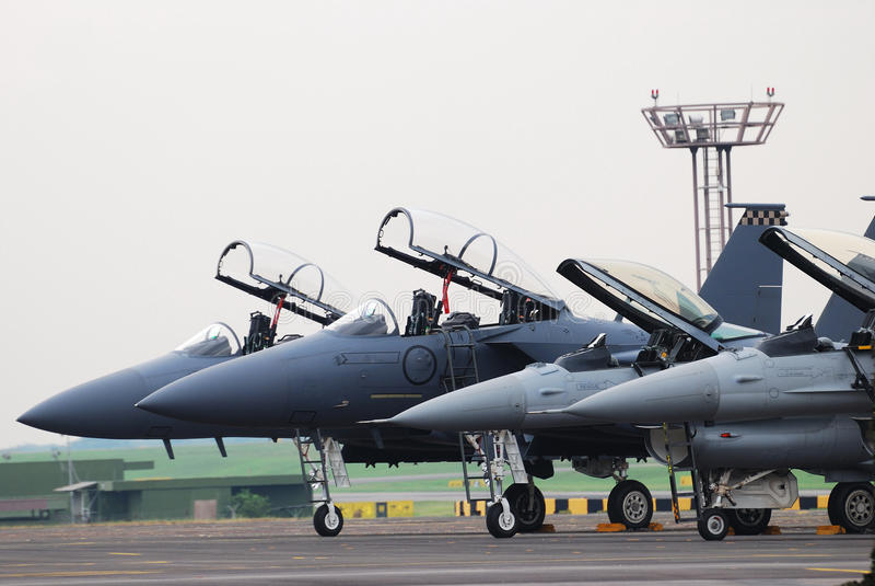 Aviões de combate fotografia de stock