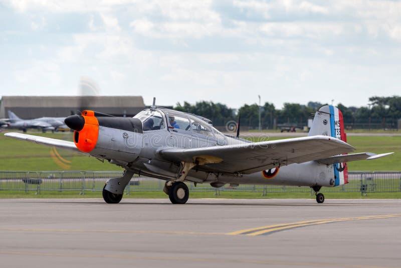 Aviões de instrutor franceses anteriores G-MSAL de Morane-Saulnier MS-733 Alcyon da marinha foto de stock royalty free