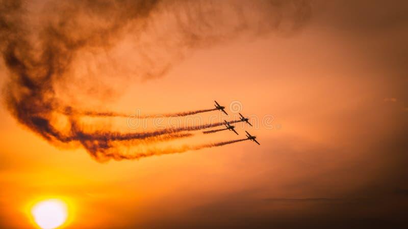Aviões no airshow fotos de stock