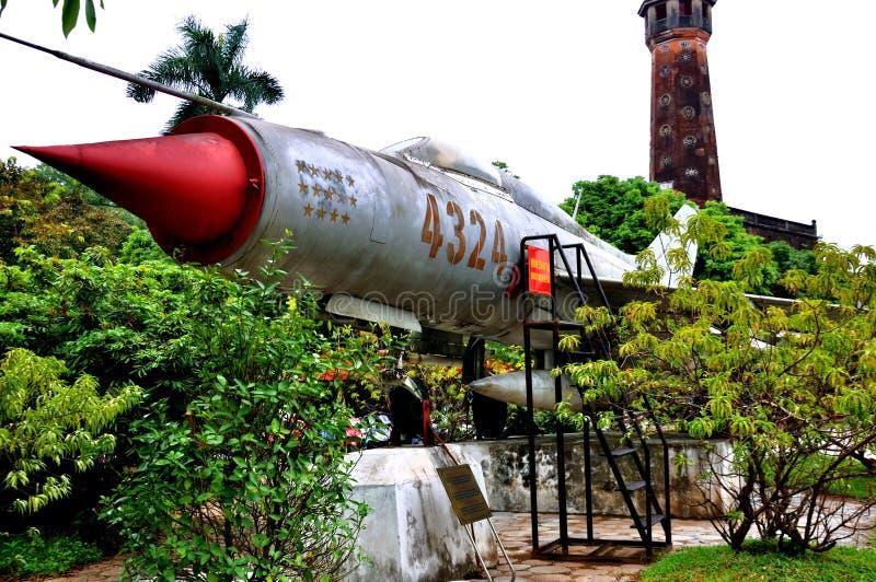Aviões no museu da história militar de Vietnam imagem de stock