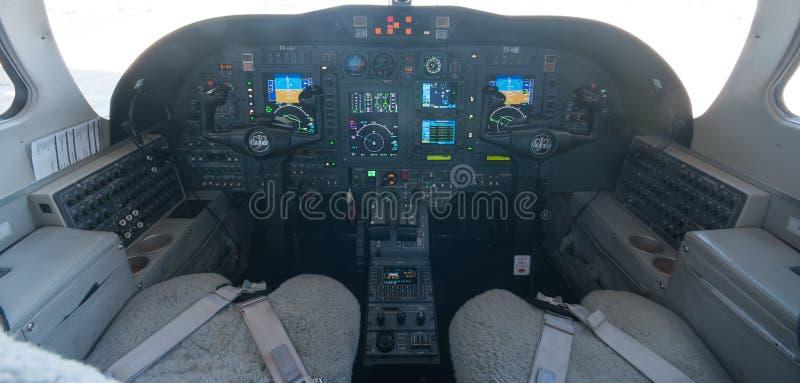 Aviação e jatos executivos da turbina do elevado desempenho dos aviões fotos de stock