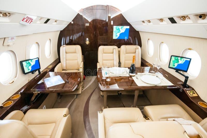Aviação e jatos executivos da turbina do elevado desempenho dos aviões foto de stock royalty free