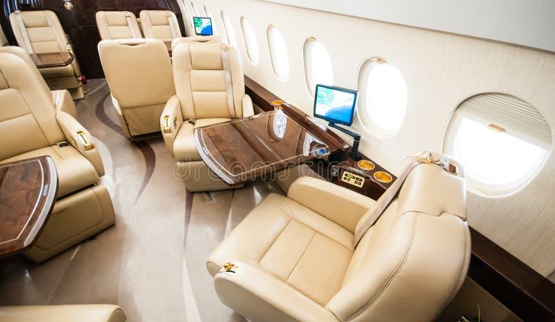 Aviação e jatos executivos da turbina do elevado desempenho dos aviões imagem de stock