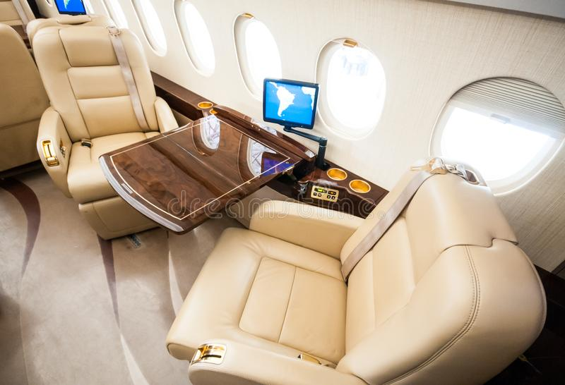 Aviação e jatos executivos da turbina do elevado desempenho dos aviões imagem de stock royalty free
