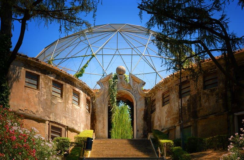 Aviary im Zoo in Rom stockfotografie
