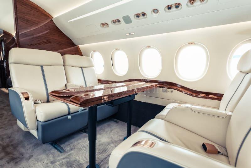 Aviation intérieure de luxe d'affaires d'avions images stock