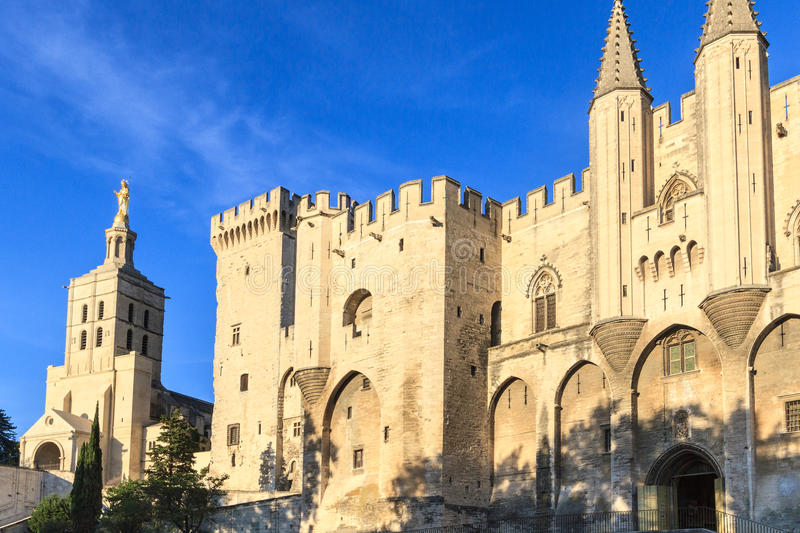 Avignon en Provence - visualisez sur papes Palace photo stock