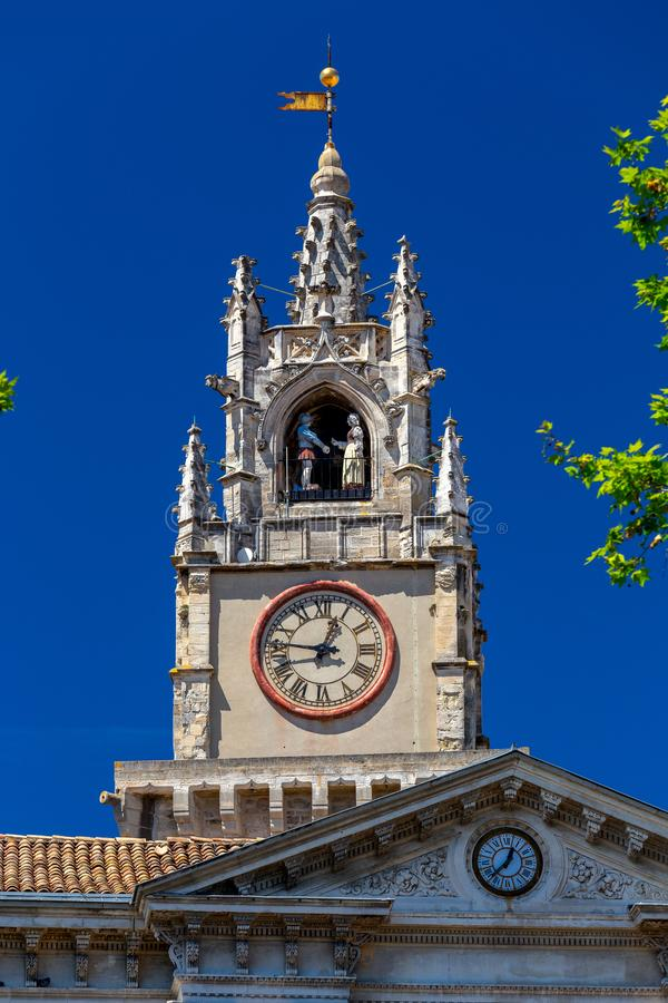 avignon france Provence Torre de pulso de disparo velha da cidade imagem de stock