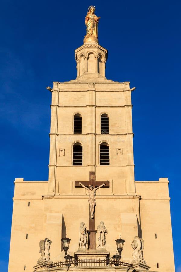 Avignon - le DES de dames de Notre couvre d'un dôme l'église, prouvée photo libre de droits