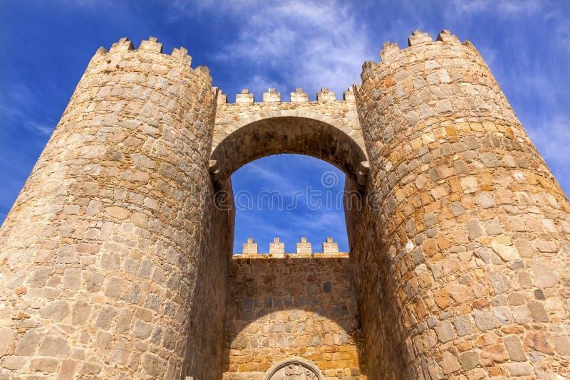 Avila van de de Murenboog van de Kasteelstad de Poortcityscape Castilla Spanje royalty-vrije stock afbeeldingen