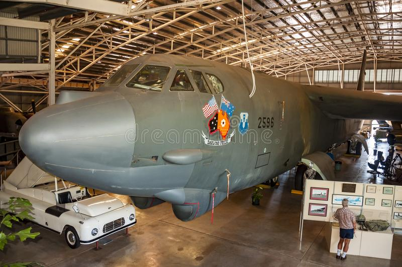 Avion à l'intérieur de Darwin Military Museum image stock