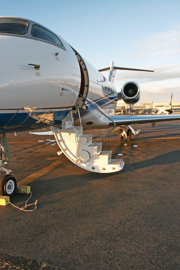 Avion à réaction d'affaires privées image libre de droits