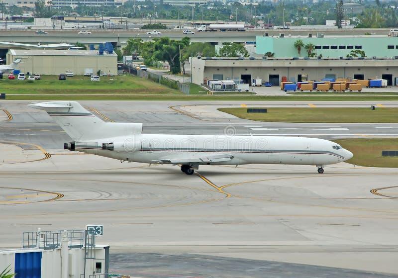 Avion à réaction de cargaison de Boeing 727 photo stock