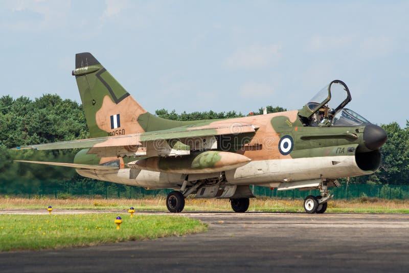 Avion à réaction hellénique d'attaque du corsaire II de l'Armée de l'Air A-7 image stock