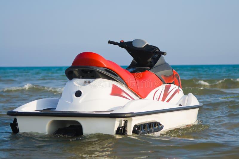 Avion à réaction-ski sur l'eau photos stock