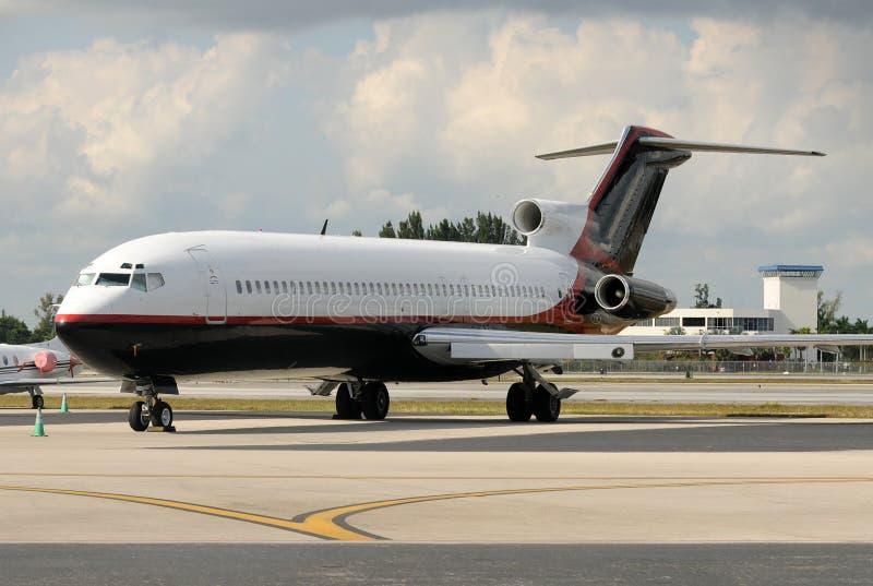 Avion d'avion à réaction photographie stock libre de droits