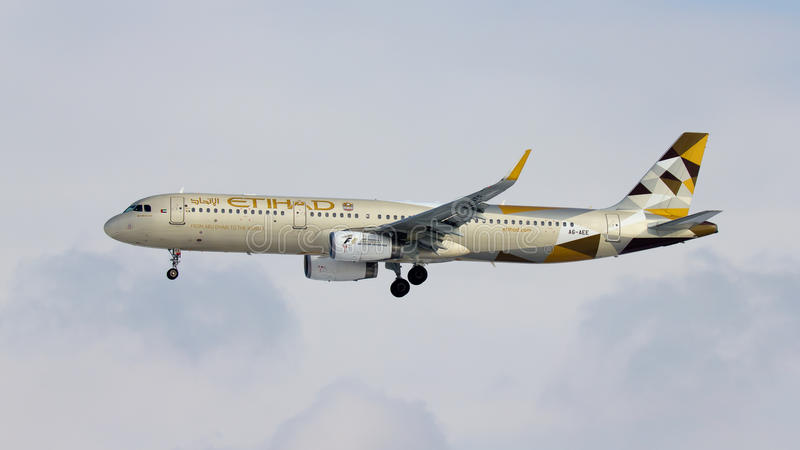 Avion d'Etihad Airways Airbus A321 photos stock