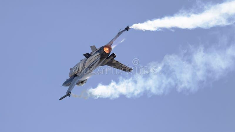 Avion de chasse F-16 images libres de droits